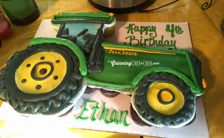 Tractor Birthday Cake Cupcakes 2