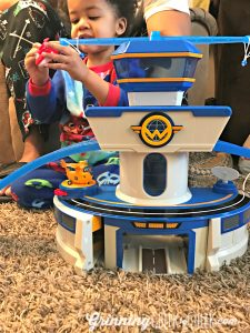 It's Time to go Global with Super Wings – World Airport Toy Review #ad